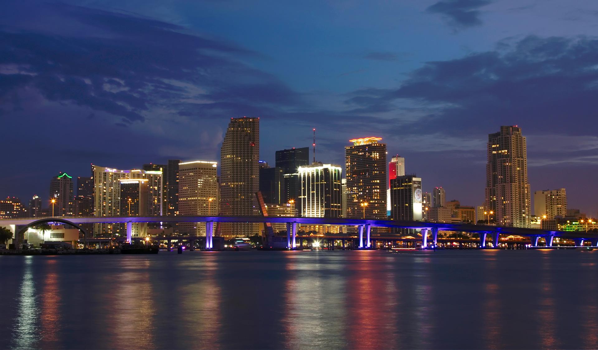 Skybridge Deploys Internet Service in Miami